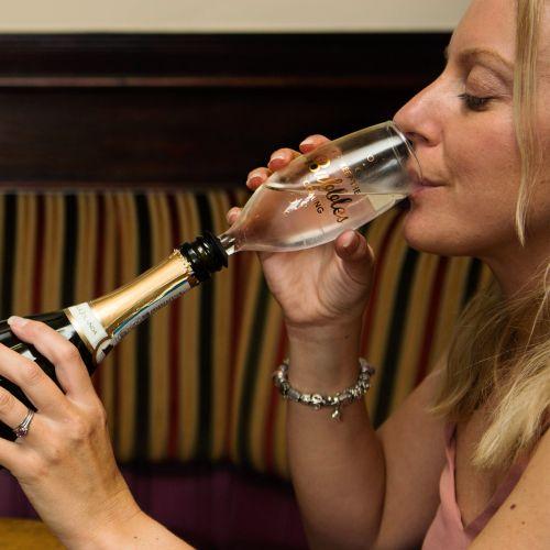 Flaschenaufsatz Sektglas