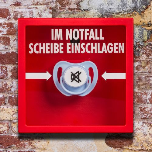 Witzigspassgeschenke - Schnuller im Notfall Kasten - Onlineshop Monsterzeug