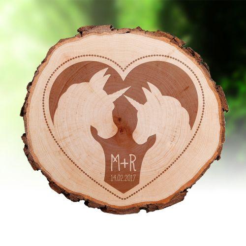 Tranche de tronc d'arbre avec gravure – couple de licornes