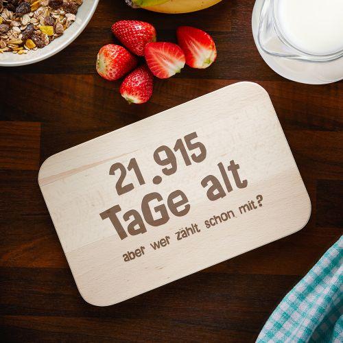 Individuellküchenzubehör - Graviertes Frühstücksbrettchen Alter in Tagen - Onlineshop Monsterzeug