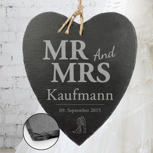 schieferherz mit silhouetten gravur mr and mrs plus nachname. Black Bedroom Furniture Sets. Home Design Ideas
