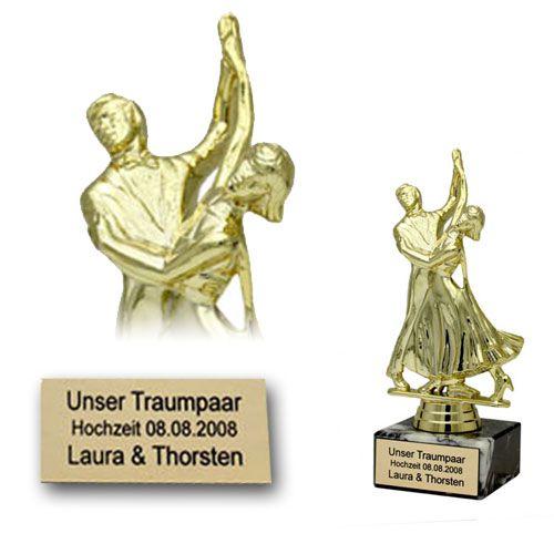 traumpaar statue mit gravur als geschenk zur hochzeit. Black Bedroom Furniture Sets. Home Design Ideas