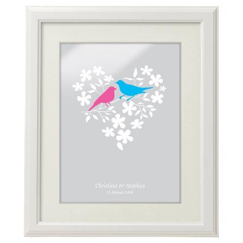 Vogelpärchen im Blumenherz personalisiertes Bild Weiß