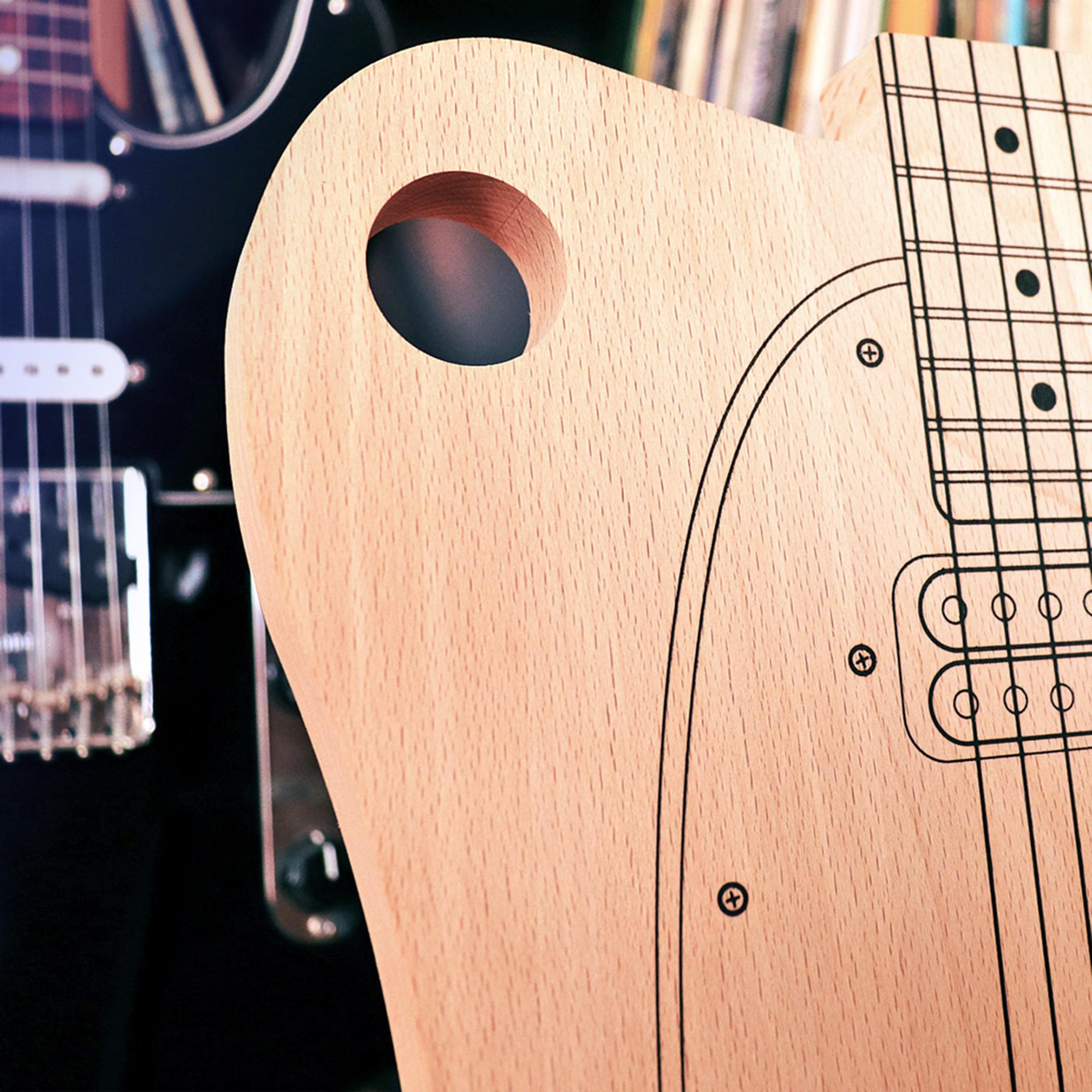 Küchenbrett Einölen ~ schneidebrett gitarre holz küchenbrett in origineller