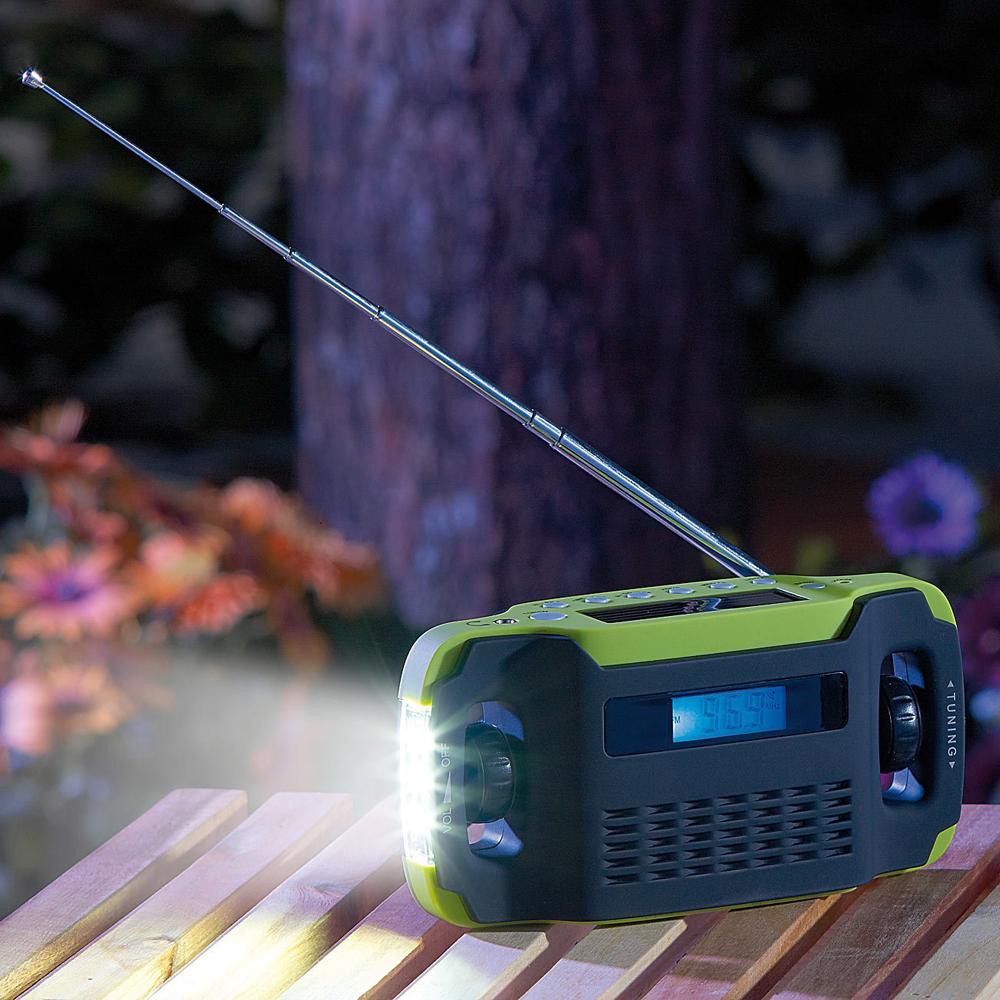 0569181 Utilitech lampe torche 250 LM 3 Piles incluses