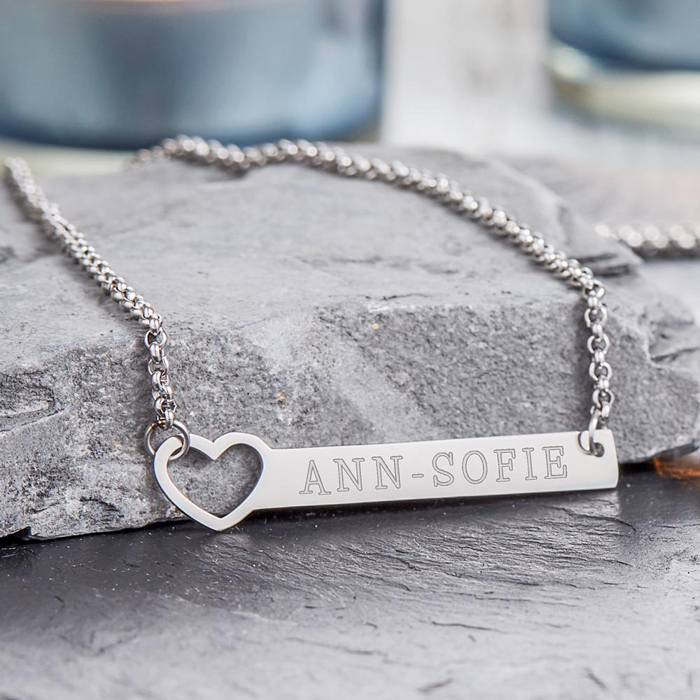 collier avec cœur poin 231 onn 233 gravure du nom