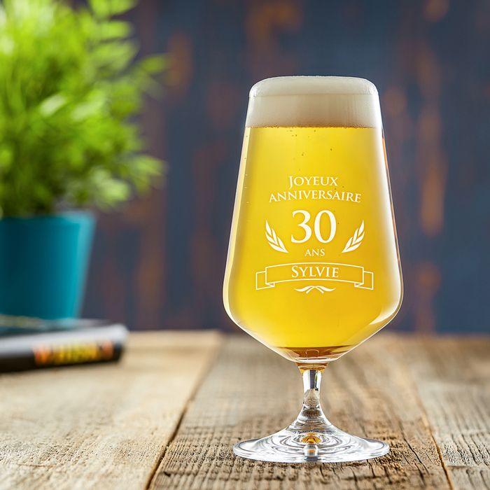 Verre à bière pour le 30ème anniversaire
