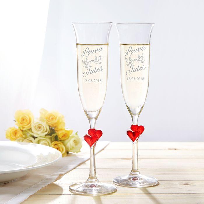 Flûtes à champagne « Cœurs » – Gravure Colombes