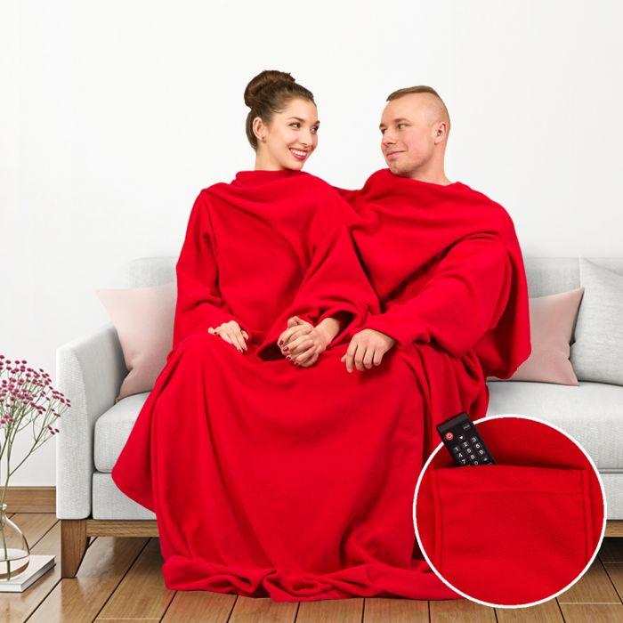kuscheldecke mit rmeln f r paare in rot mit taschen und 3 rmeln. Black Bedroom Furniture Sets. Home Design Ideas
