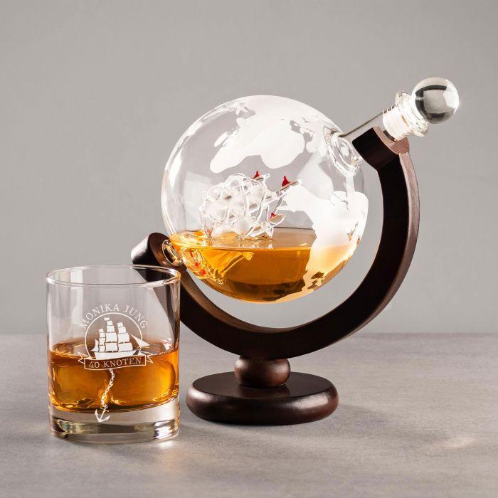 edles rum set mit globus karaffe und graviertem glas segelschiff. Black Bedroom Furniture Sets. Home Design Ideas
