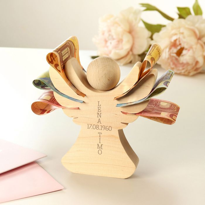 Holzengel mit Gravur zur Hochzeit