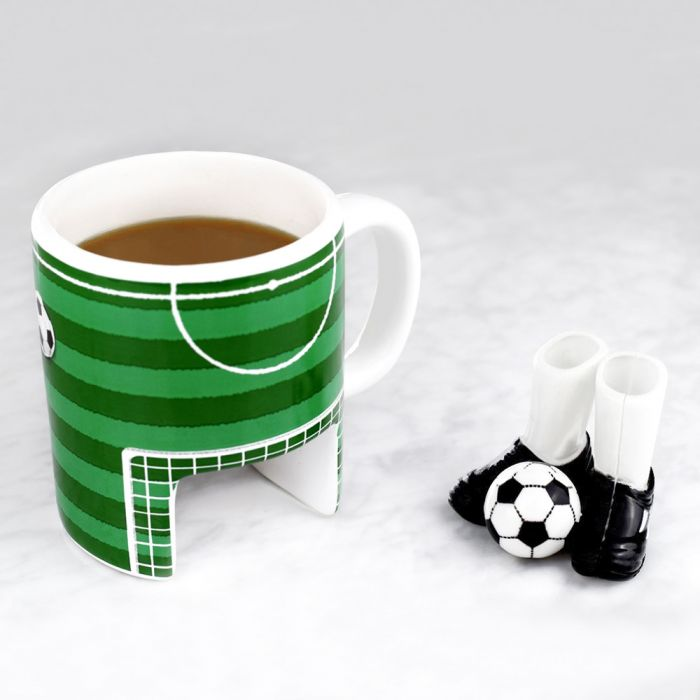 fu ball tasse mit fingerschuhen und ball kaffeebecher set. Black Bedroom Furniture Sets. Home Design Ideas