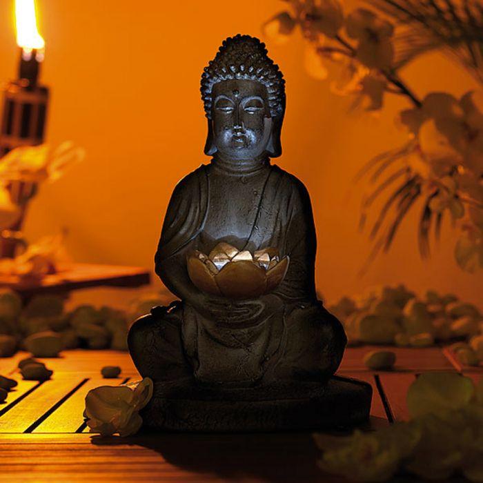 LED Buddha Statue mit Solarbetrieb