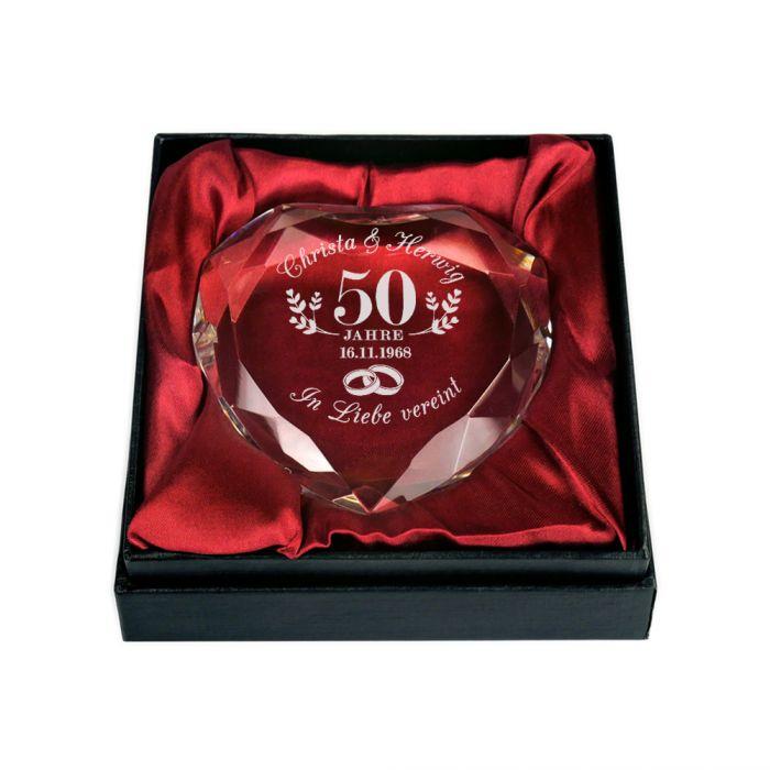 Herz-Diamant mit Gravur zur goldenen Hochzeit