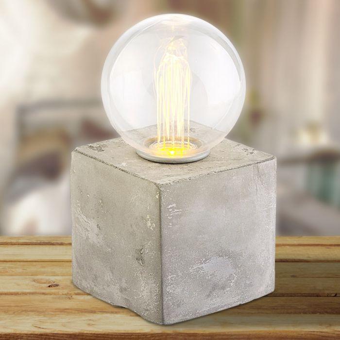 LED Lampe auf Beton-Sockel