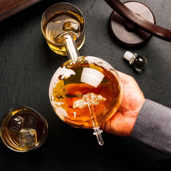 Whisky Set mit Globus Karaffe und Glas - Auto