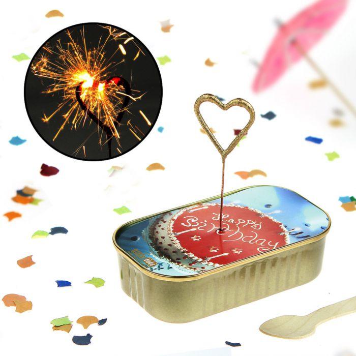 Dosen kuchen zum geburtstag mit wunderkerze in herzform - Kuchen ideen geburtstag ...