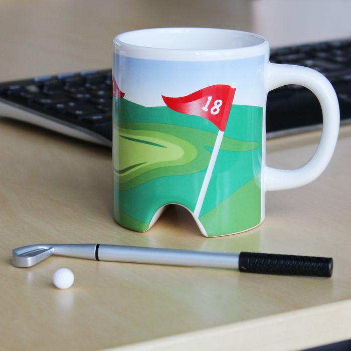 golf becher mit putter zum golfen im b ro und zu hause. Black Bedroom Furniture Sets. Home Design Ideas