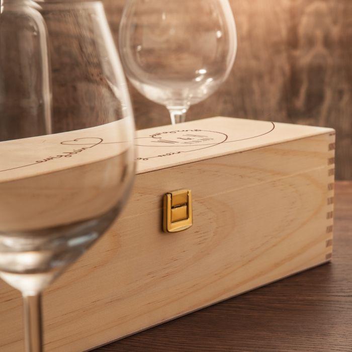 personalisierte weinkiste ewig dein mit name und datum. Black Bedroom Furniture Sets. Home Design Ideas