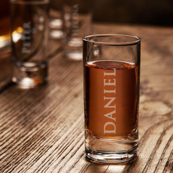 Schnapsglas mit Gravur - personalisiertes 5,7 cl Glas für Partys!