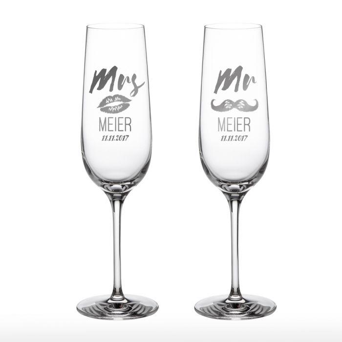 Sektgläser - Mr and Mrs mit Motiv und Namensgravur