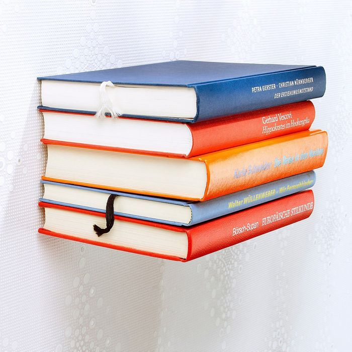 Ausgefallenes bücherregal  Unsichtbares Bücherregal Scherzartikel - Dein Buch schwebt