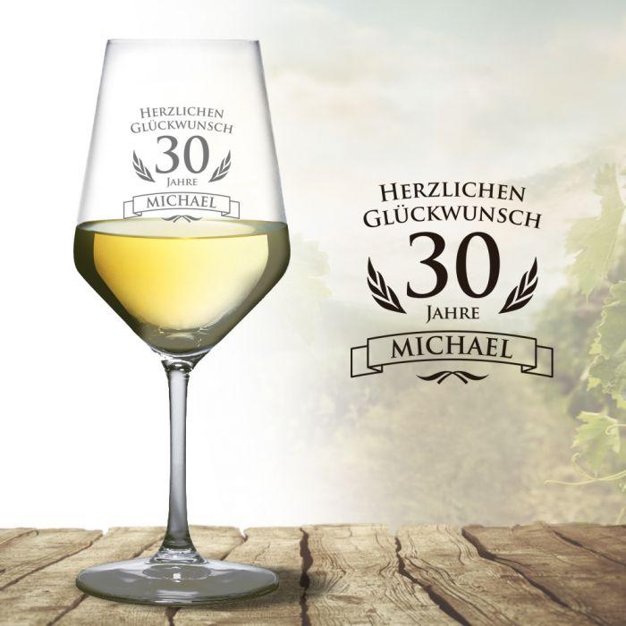 Weissweinglas Zum 30 Geburtstag Mit Namen Und Alter Graviertes Glas
