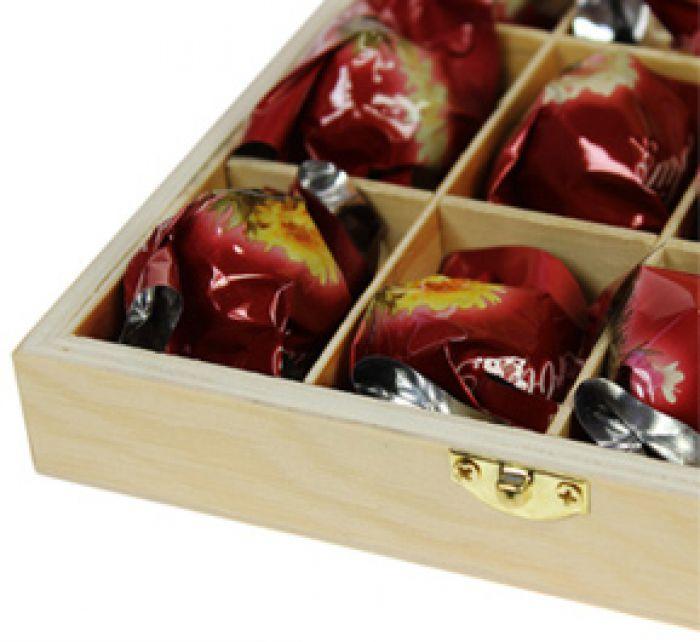 Erblühtee in edler Holzbox zur Hochzeit - Weißer Tee