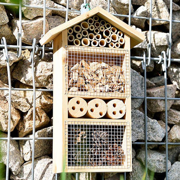 Hôtel d'insectes avec protection contre les oiseaux