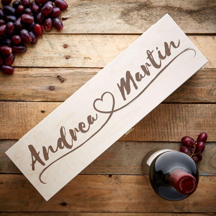 Personalisierte Weinkiste - Herzlinie