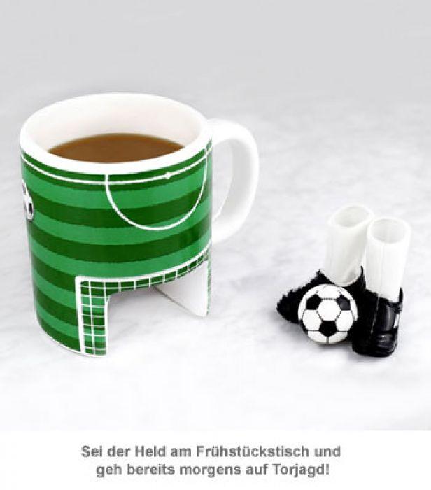 Fußball Tasse mit Fingerschuhen und Ball