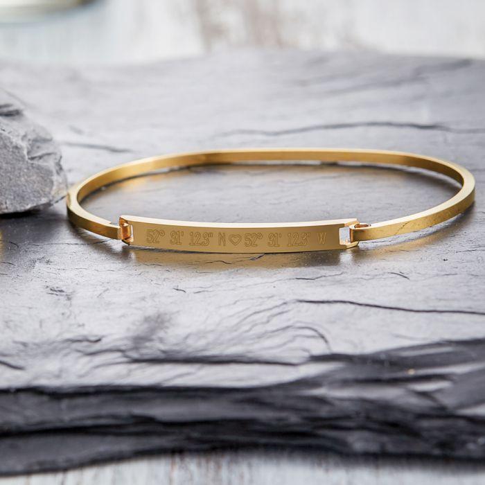Bracelet doré avec gravure - Coordonnées géographiques avec cœur