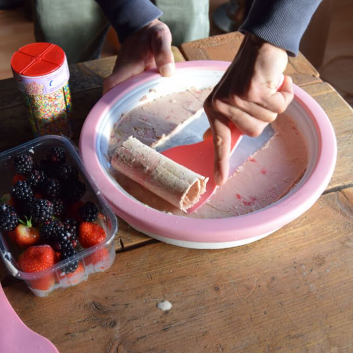 Gerolltes Eis selber machen - Ice Rolls DIY Set