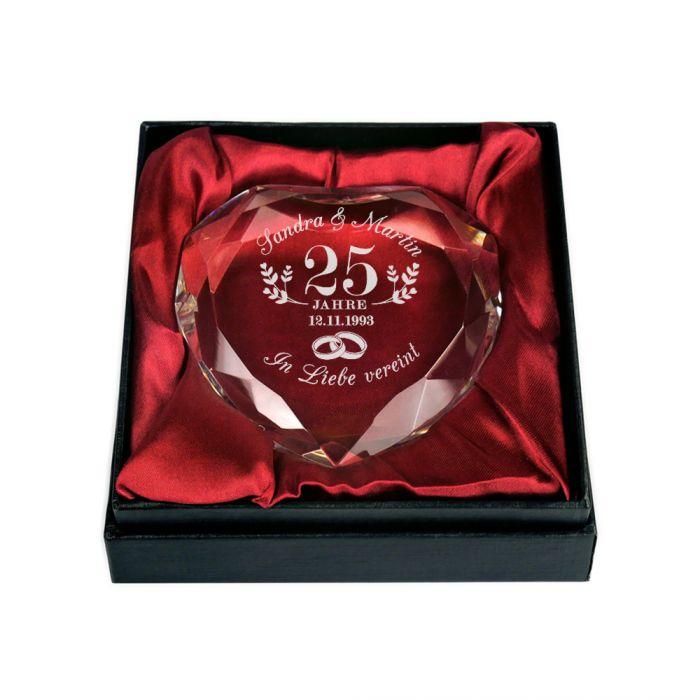 Herz-Diamant mit Gravur zur silbernen Hochzeit