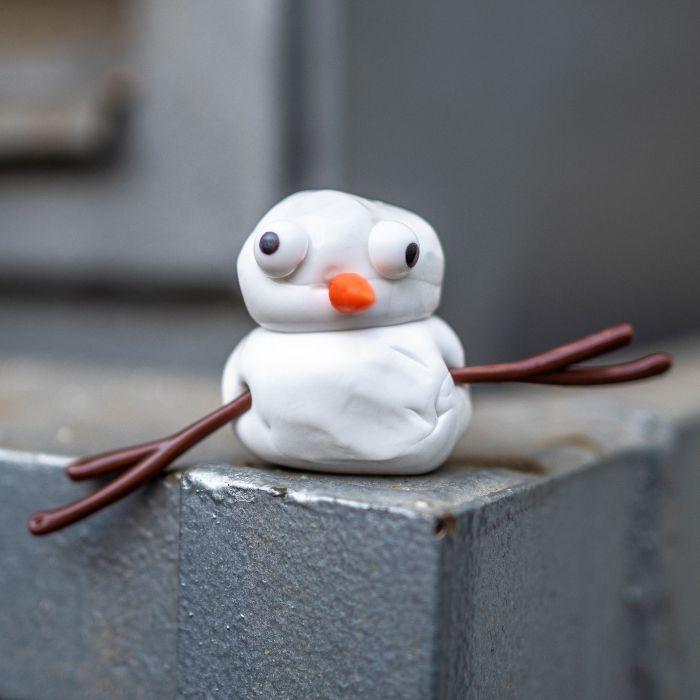 Schneemann Bausatz mit Schmilzknete