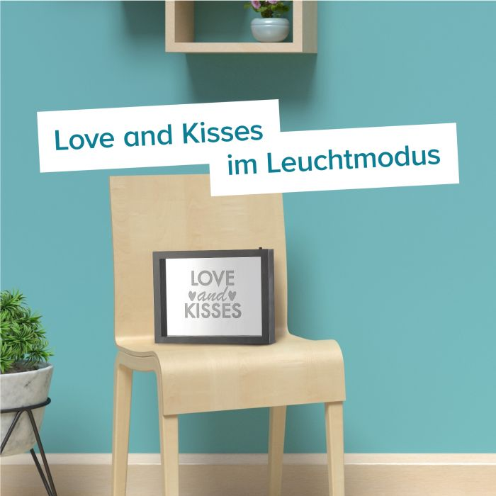 LED Rahmen mit Farbwechsel - Love And Kisses