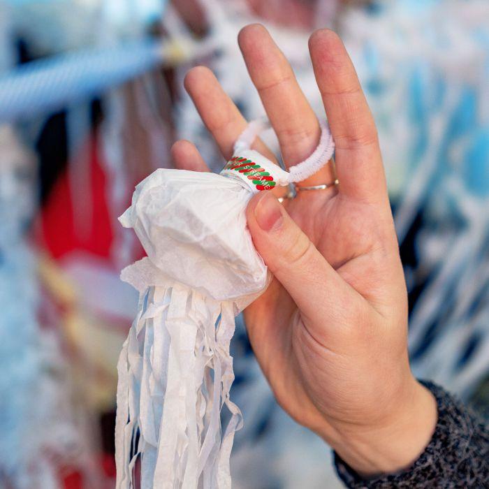 Wurf Luftschlangen - weiß