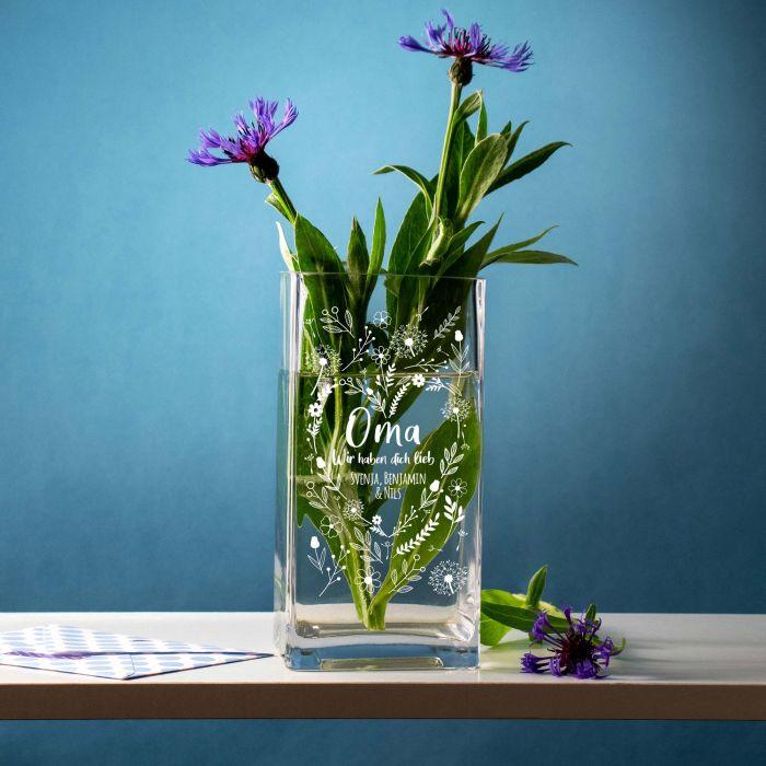 Vase mit Gravur - Blumenherz für Oma