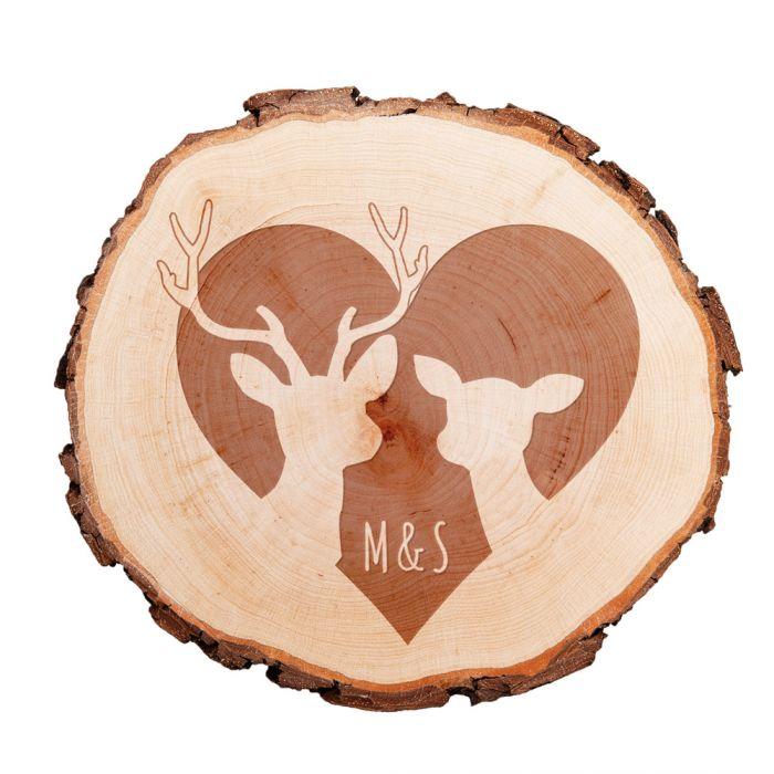 Tranche d'arbre avec gravure – chevreuil