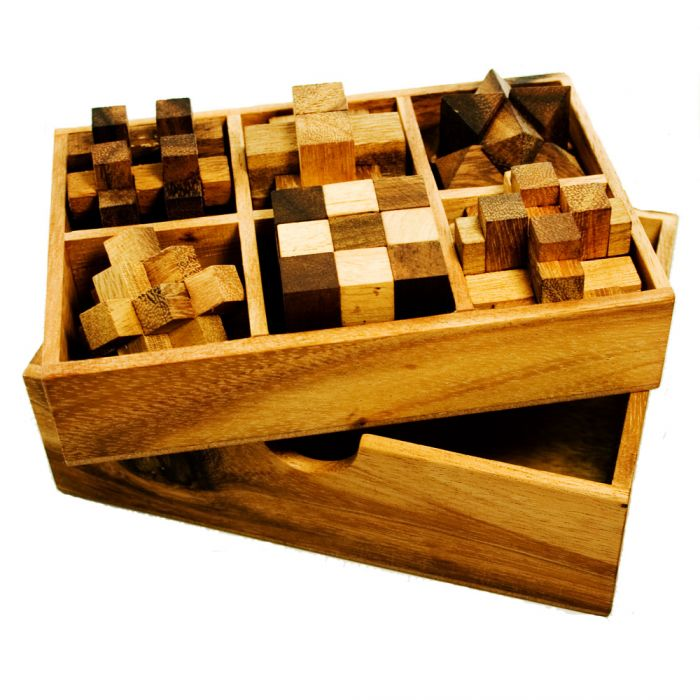 IQ MASTER - Games in Holzbox