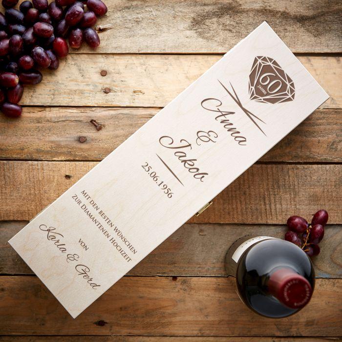 Personalisierte Weinkiste zur diamantenen Hochzeit