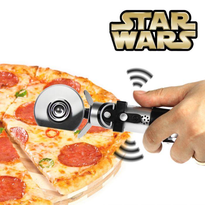 Star Wars Lichtschwert - Pizzaschneider mit Sound