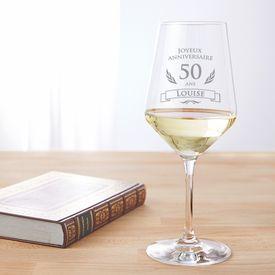 Verre  vin blanc pour le 50e anniversaire