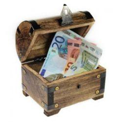 Coffre au trésor pour des cadeaux d'argent – bois foncé