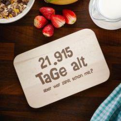 Graviertes Frühstücksbrettchen - Alter in Tagen