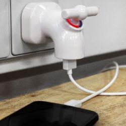USB Ladeger�t - Wasserhahn