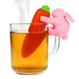 Hase mit Möhre - Tee Ei