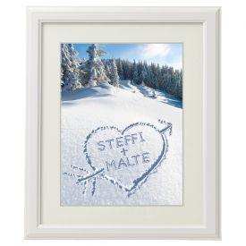 Herz im Schnee - gerahmtes Bild Wei