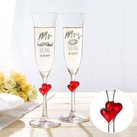 Flûtes à champagne cœurs - Mr and Mrs avec gravure du nom