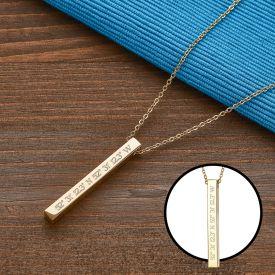 Collier avec pendentif en bton dor - Coordonnes gographiques